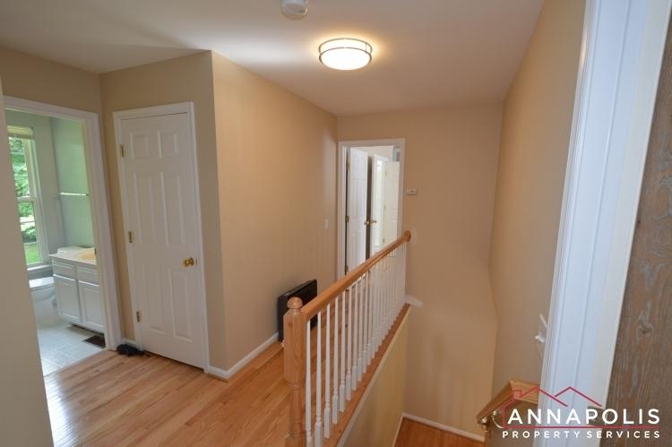 1194-new-church-lane-id1041-upper-hallway
