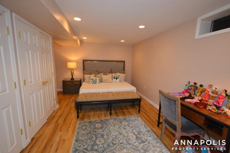 1194-new-church-lane-id1041-basement-room-d