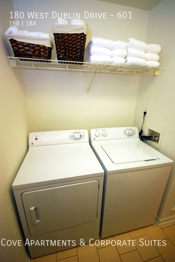 9b washer dryer hook up in nice sized laundry room or we ll furnish w d for you%21