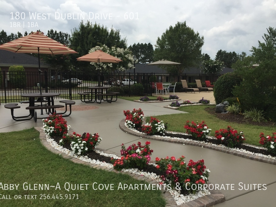 19 firepit lounge leads to picnic area