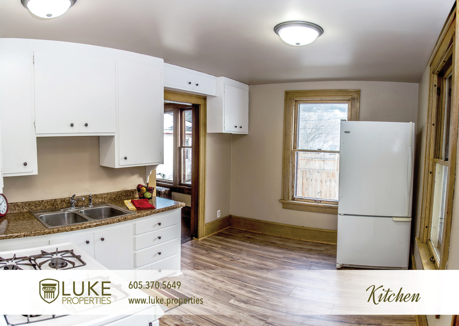 Luke properties 801 s main ave sioux falls sd 57104 house for rent kitchen