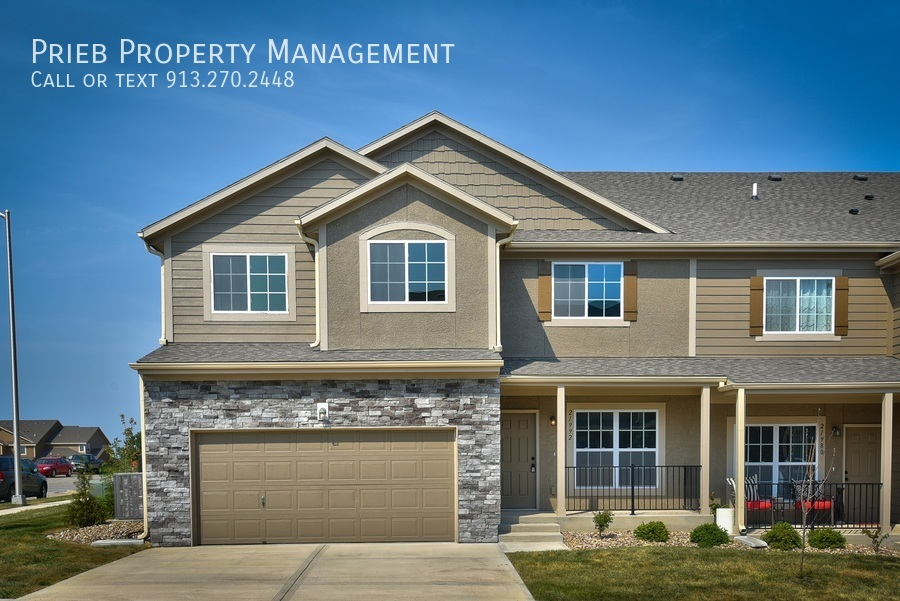 Townhouse for Rent in Olathe