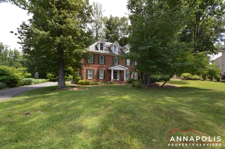 2305-annapolis-ridge-court-id1043-front-far