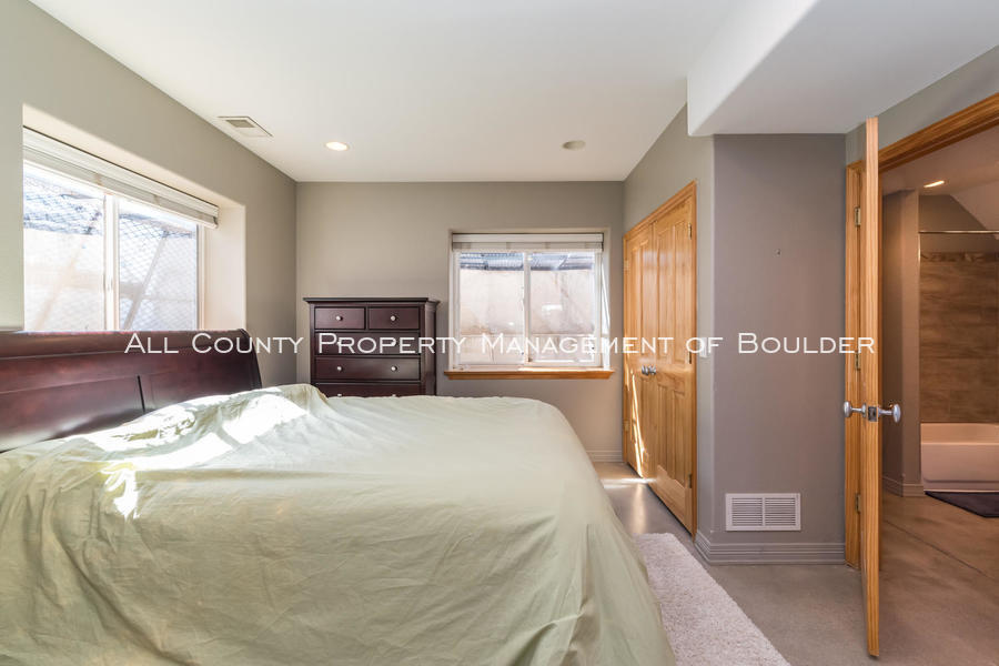 601_wingate_ave_boulder_co-large-028-017-bedroom-1499x1000-72dpi