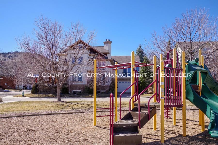 601_wingate_ave_boulder_co-large-033-019-neighborhood_park-1499x1000-72dpi