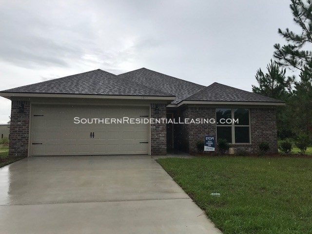 House for Rent in Foley