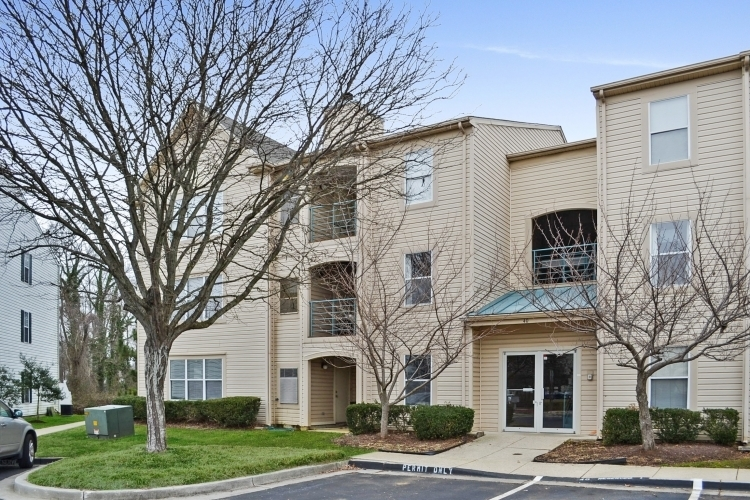 40j hearthstone court  id336 front a