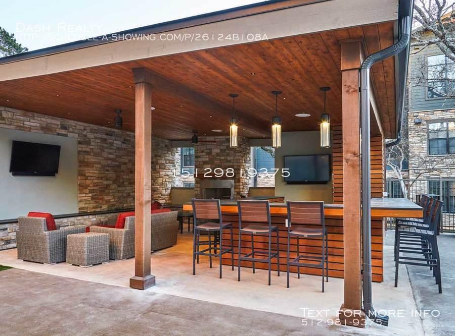 Coveredbridge-amenity-exterior-cabana