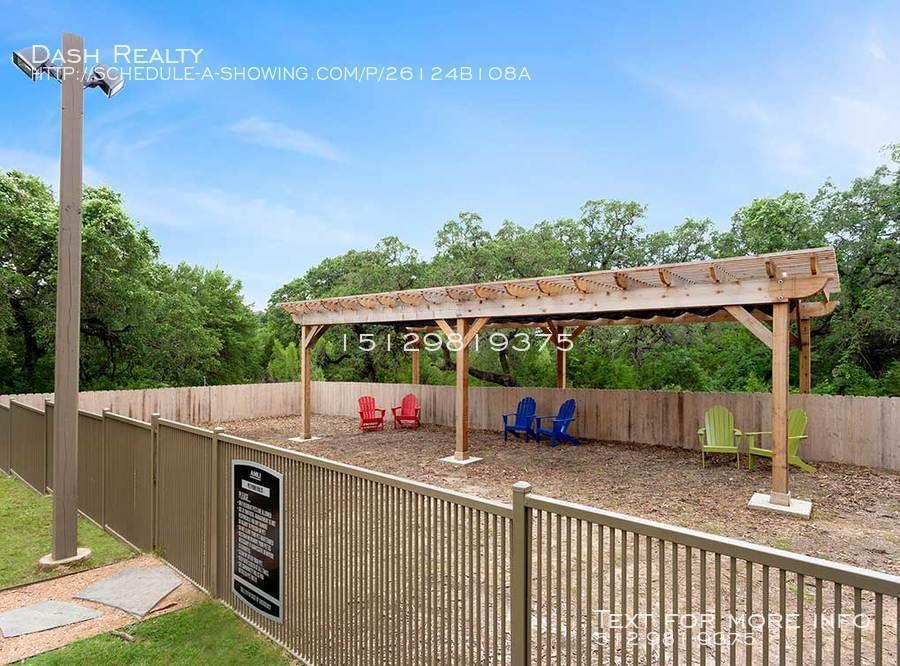 Coveredbridge-amenity-exterior-paw-park2