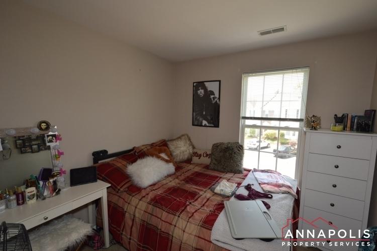 732-howards-loop-id1045-bedroom-2a