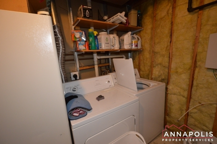732-howards-loop-id1045-washer-and-dryer_60