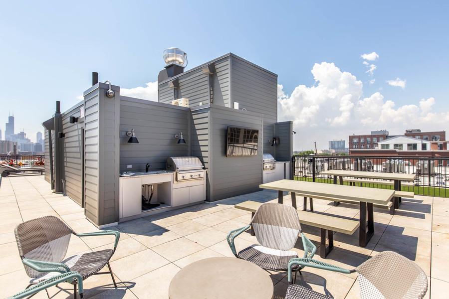 1550_n_wieland_(rooftop)