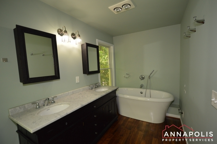 400-duvall-lane-id1042-master-bath-an