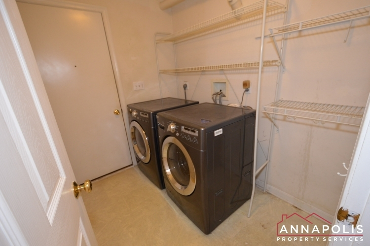 400-duvall-lane-id1042-washer-and-dryer