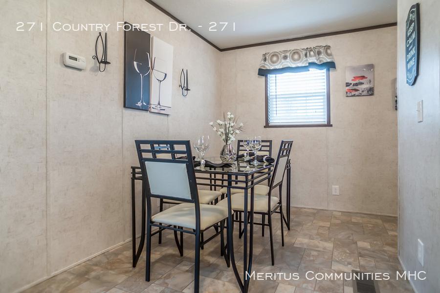 Advantage-1670-201-dining-room