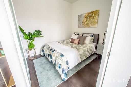 Am1980   bedroom