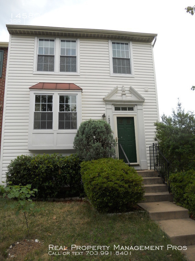 Townhouse for Rent in Centreville