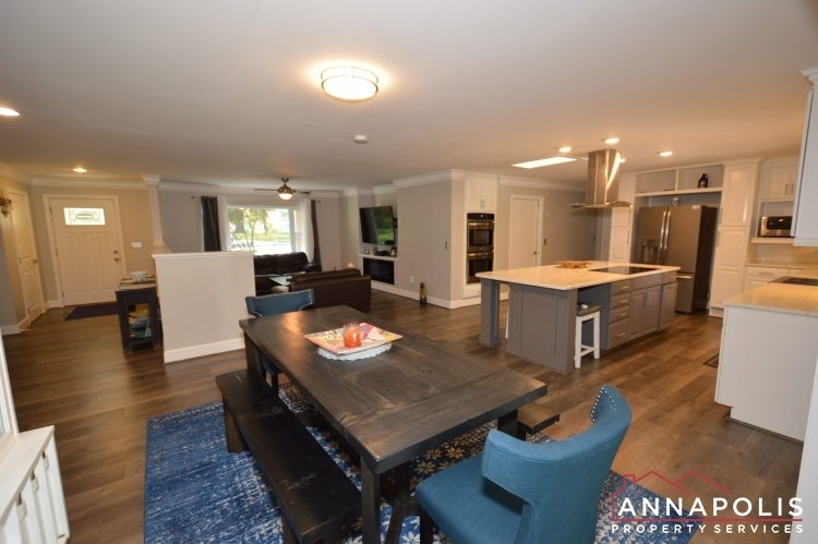 816-maple-road-id1054-dining-and-kitchen-b