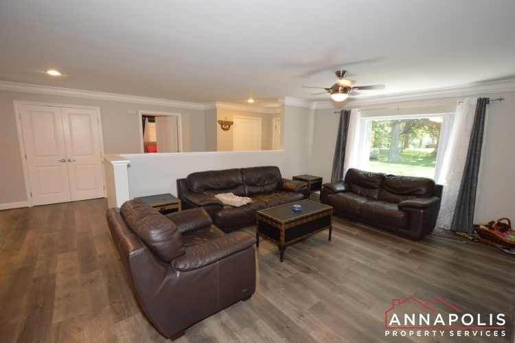816-maple-road-id1054-living-a(1)