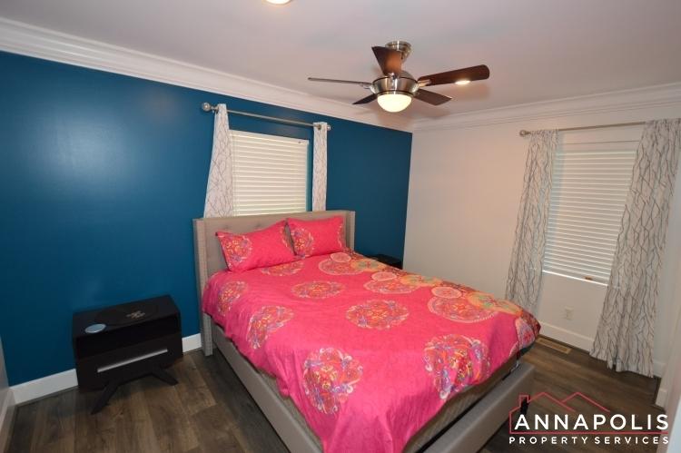 816-maple-road-id1054-bedroom-2b(1)