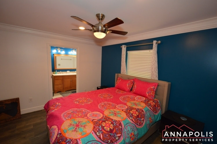 816-maple-road-id1054-bedroom-2a(1)