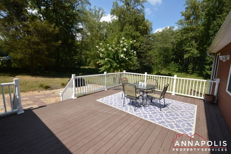 816-maple-road-id1054-deck-a
