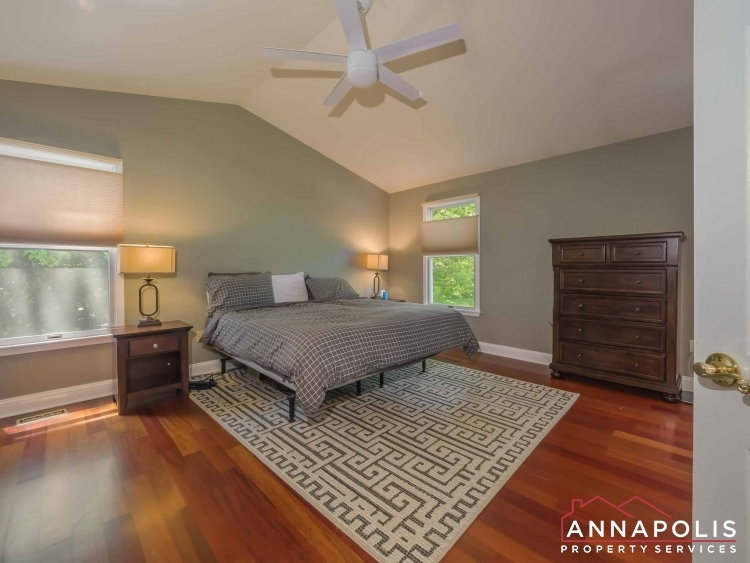 5-somerset-court-id1055-master-bed-a
