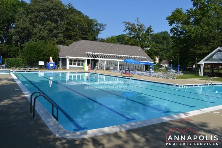 5-somerset-court-id1055-community-pool-a