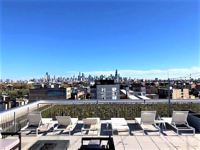 Am1980_-_rooftop