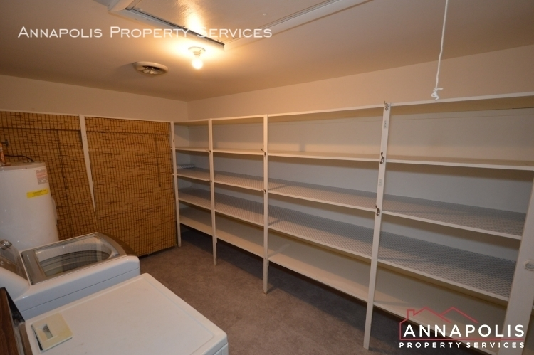 866 s holly drive id78 pantry a