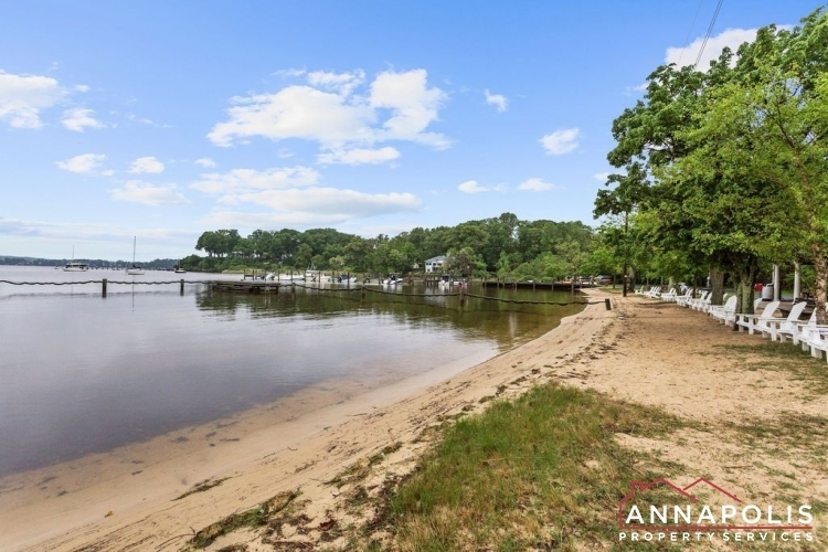 307-old-county-road-id1060-community-beach-v2