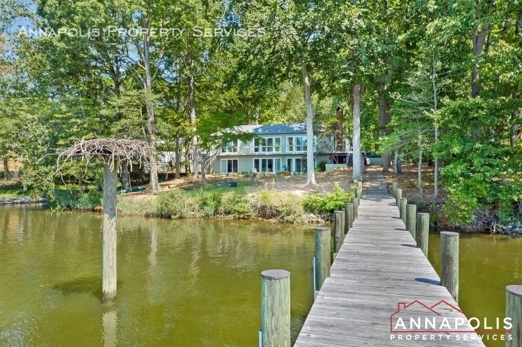 866  holly drive s id78 front dock ann