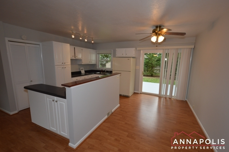1404-howard-road--id1052-dining-an