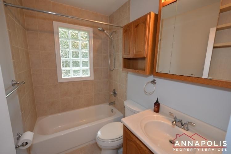 1404-howard-road--id1052-bathroom-an