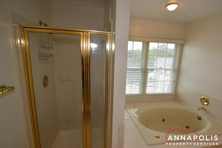 2707-summerview-way-301-id1062-lower-master-bath-b