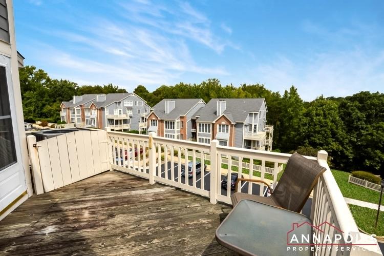 2707-summerview-way-301-id1062-deck-c