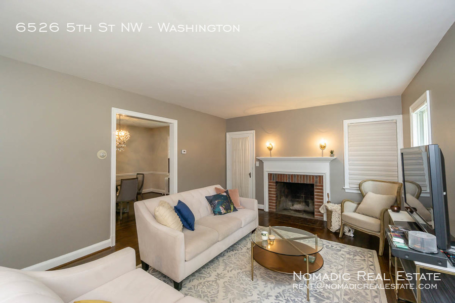 6526-5th-st-nw-20190909-001