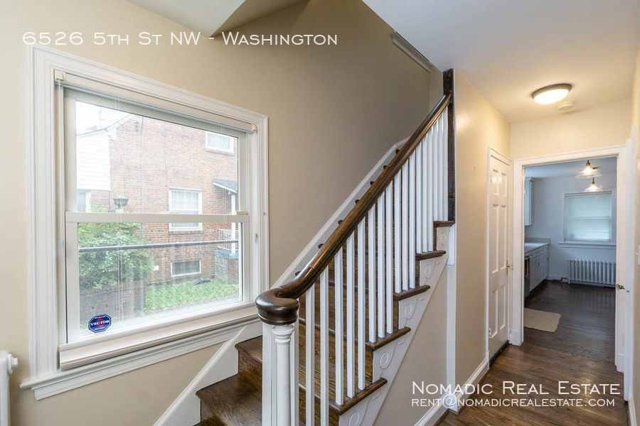 6526-5th-st-nw-20190909-006