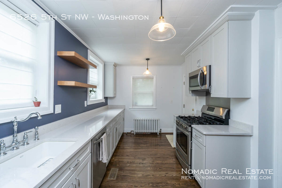 6526-5th-st-nw-20190909-011