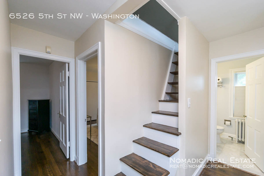 6526-5th-st-nw-20190909-020