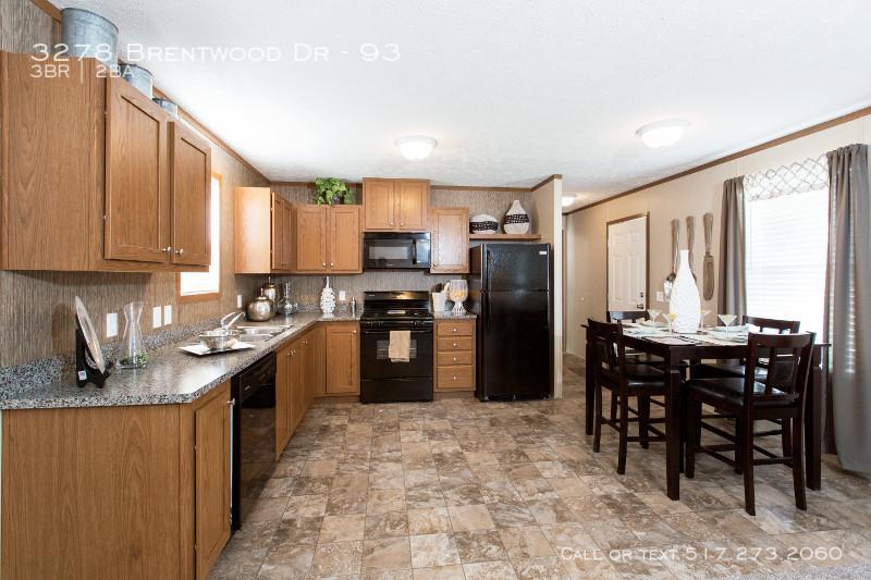 95plh16663ch_kitchen_02