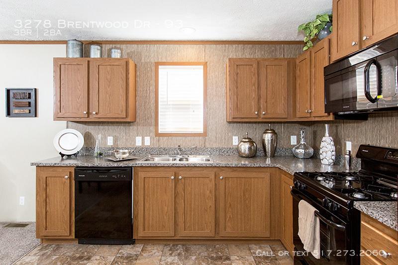 95plh16663ch_kitchen_04