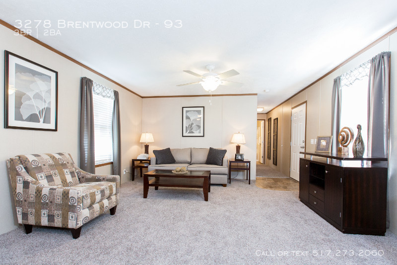 95plh16663ch_livingroom_02