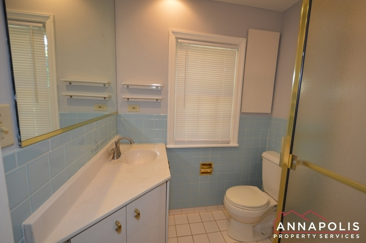 2656-greenbriar-lane-id1066-lower-bath-a
