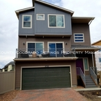 Rental_home_near_peterson_afb-front