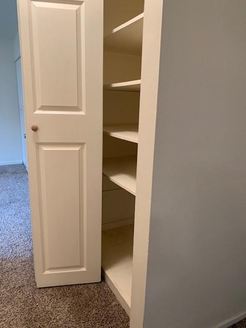 6980 hall closet