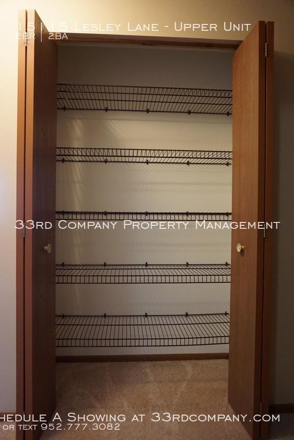 21_-_linen_closet