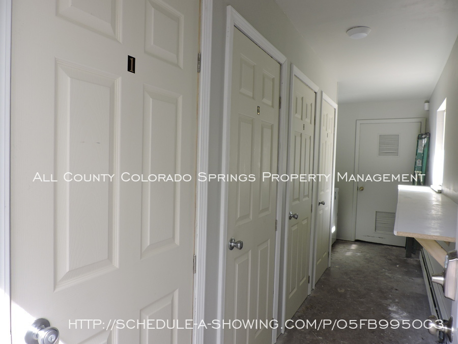 Apartment_for_rent_very_close_to_peterson_air_force_base-4