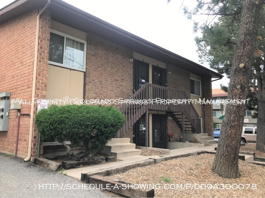 Apartment_for_rent_close_to_peterson_air_force_base_afb-front_exterior-2