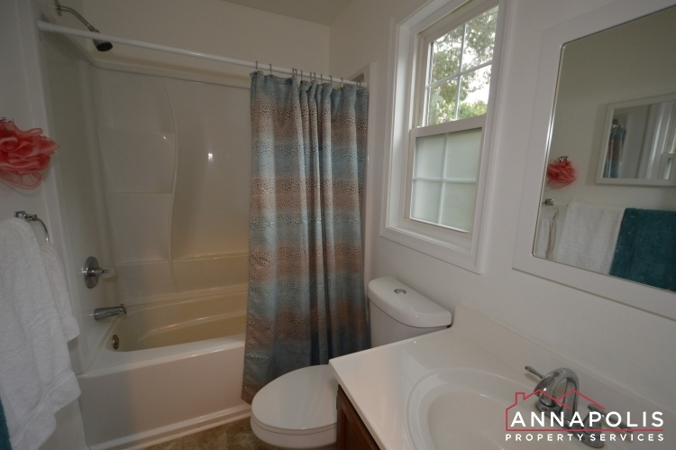 101-great-oak-drive-id1069-upper-bath-a
